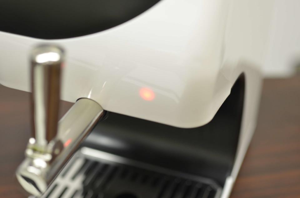 アイスクレマサーバ電源ランプ