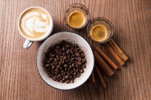 コーヒーの種類って?カフェラテとカプチーノの違いや、飲んで得られるメリット