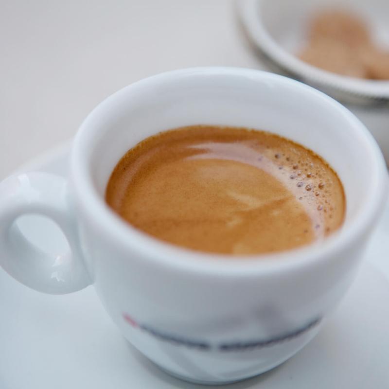 デミタスカップ