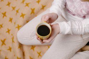 コーヒーによるステイン(着色汚れ)の予防方法、自宅でできるホワイトニングケアについて