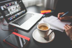 コーヒーを飲んで昼寝?!仕事中の眠気対策におすすめの『コーヒーナップ』とは